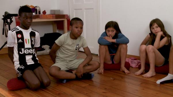 outil-pédagogique-fiche-support-de-cours-documentaire-DVD-film-cours-philosophie-pour-enfants-multi-culturalité-atelier